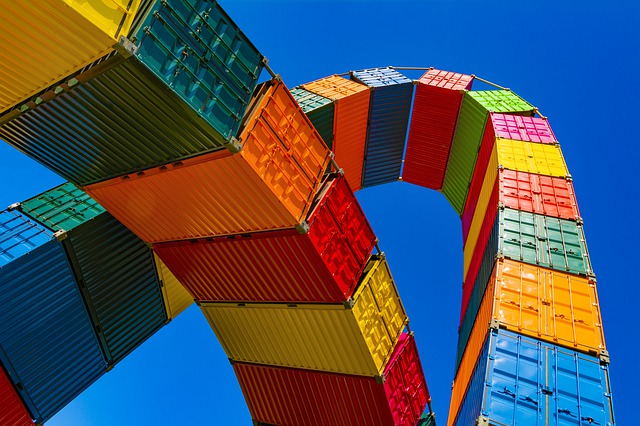 Containers like many freight forwarding companies in Bahrain use.