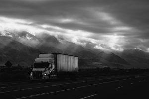 Make your choice between Volume and Truckload Freight Shipping wisely