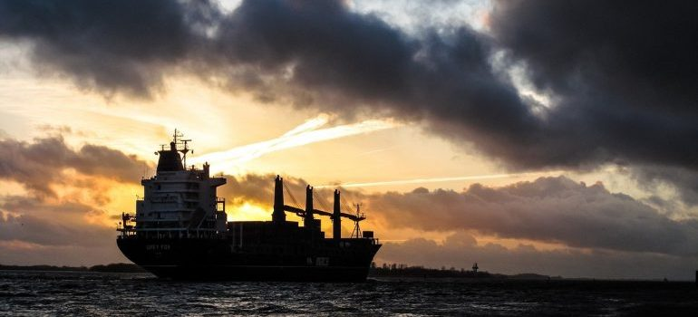 Dammam freight forwarding in action