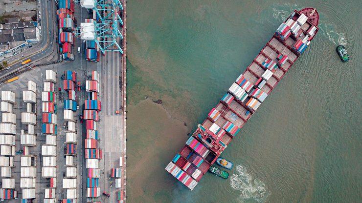 a sea freight forwarder