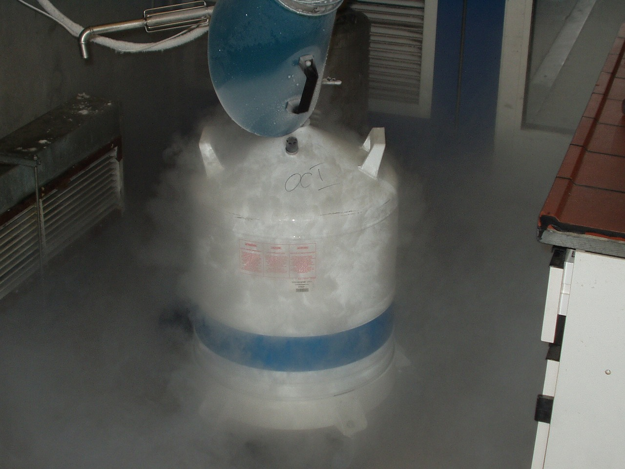 Picture of liquid nitrogen. This chemical is used in cold chain services like organ and tissue transportation