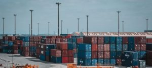 Shipping personal belongings overseas.