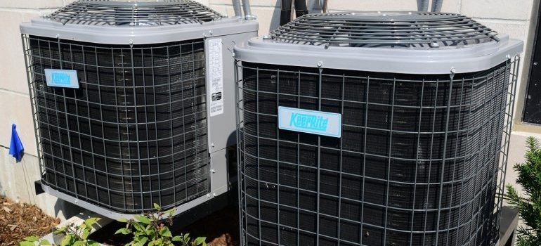 Shipping supplies for storage with air conditioners