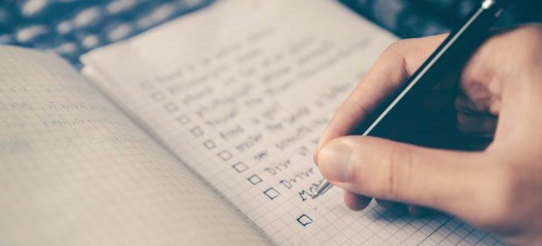 A moving checklist